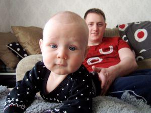 Uno och morbror Dennis - snart pappa till Unos nästa kusin